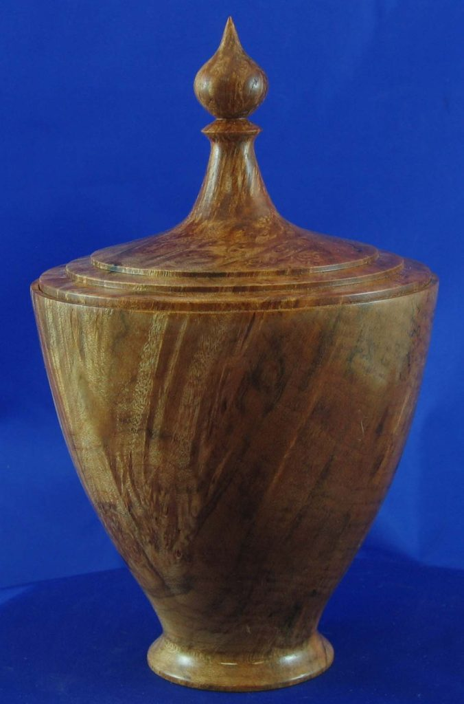 Lidded box with Onion finial